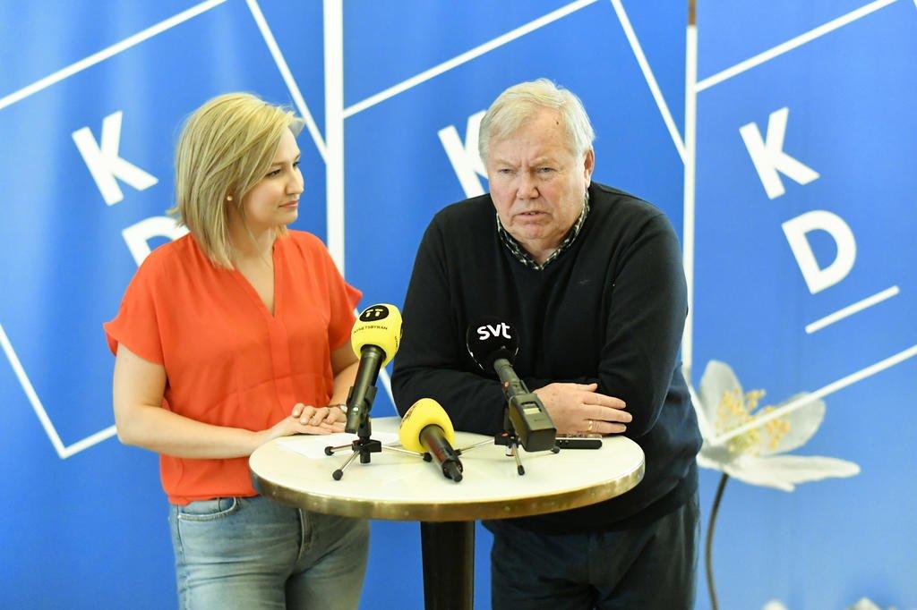 Carlsson hoppas pa samarbete